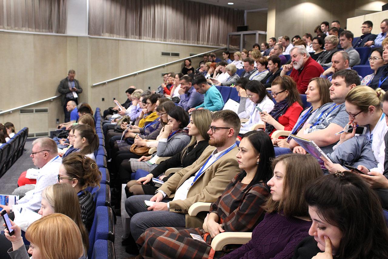 Врачи-нефрологи на конференции ко Всемирному дню почки 2020 в Боткинской больнице.