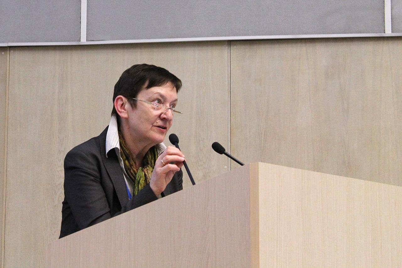 Е.В.Захарова, председатель Российского диализного общества, заведующиая 24 отделением нефрологии Боткинской больницы