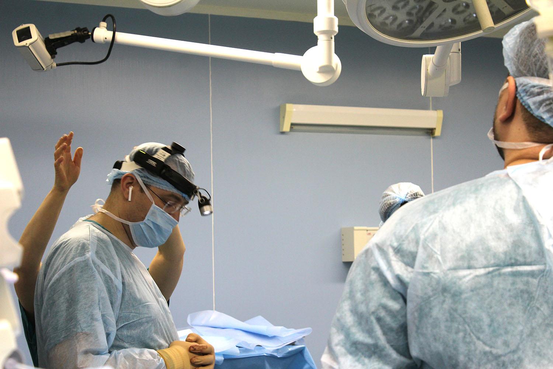 В Боткинской больнице прошли мастер-классы по роботической хирургии