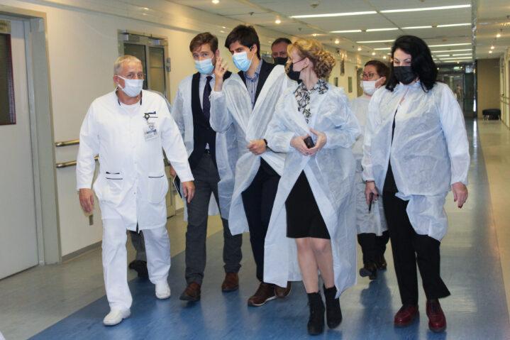 Американская делегация в Боткинской больнице.